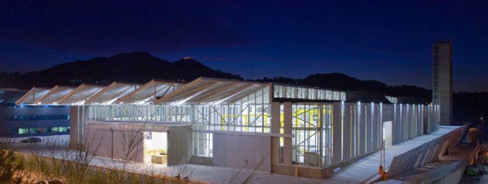 Iluminación LED para industrias y plantas de producción