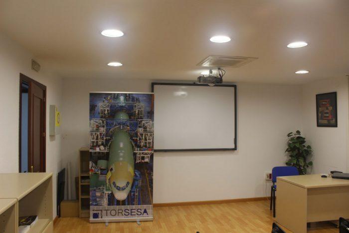 Iluminación LED en oficinas y edificios
