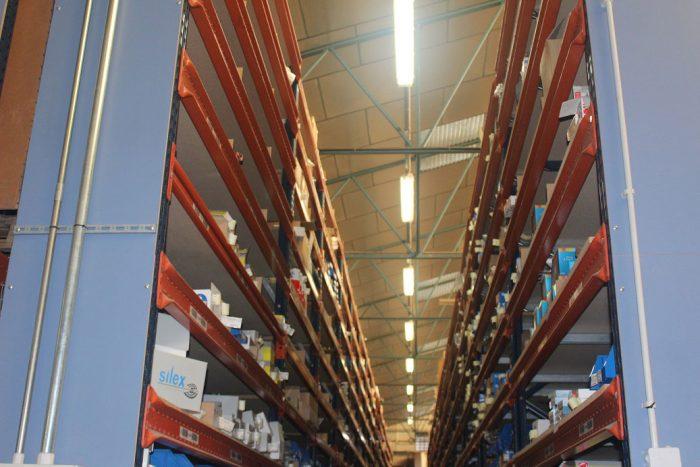 Iluminación LED en industrias - minusWAT