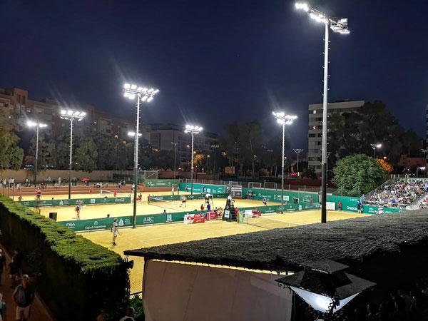 Servicios de Iluminación LED y ahorro energético para Instalaciones Deportivas